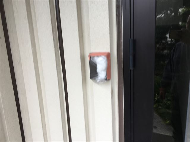 水戸市元吉田町のお客様のところで塗装前におこなう高圧洗浄作業をおこないました