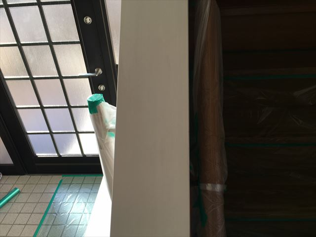 木製階段手摺り塗装