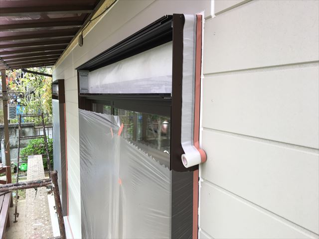 小美玉市で窯業系サイディング外壁の補修塗装を水性コンポシリコンで仕上げてきました