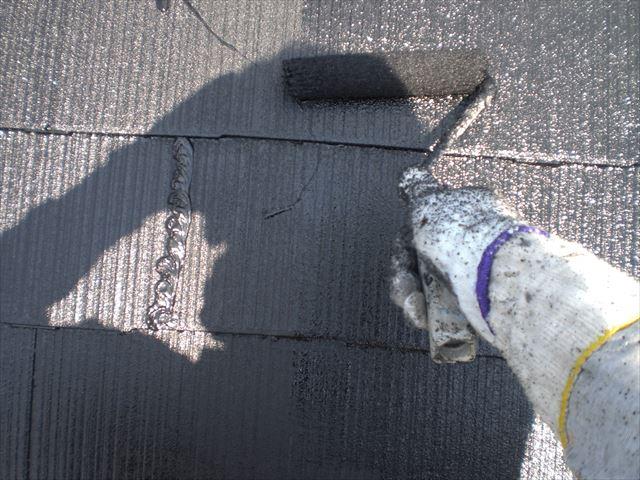 屋根の上塗り作業2回目