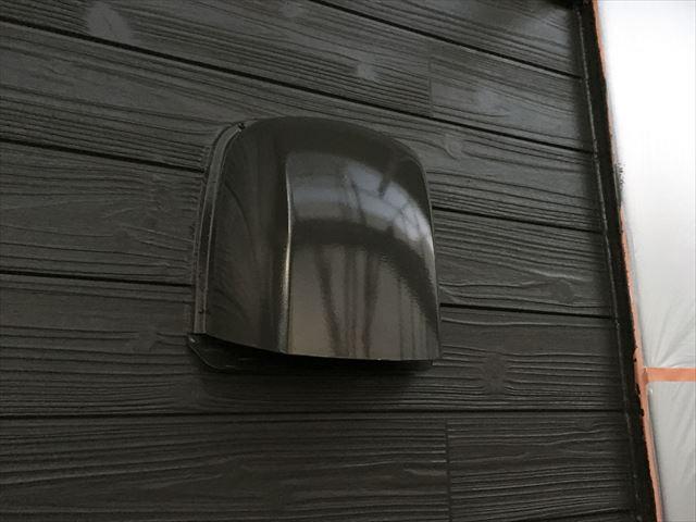 2階外壁上塗り1回目、クリーンマイルドシリコン