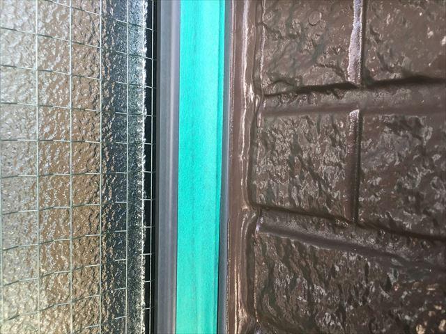 窓枠 補修前