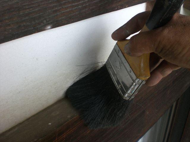 塗装前ダスター刷毛清掃