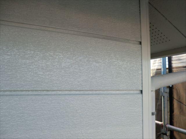 外壁下塗り後、マイルドボーセイ