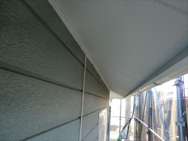 軒天塗装後、セランマイルド
