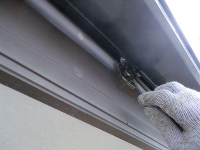 破風板刷毛塗り、コスモマイルドシリコン2
