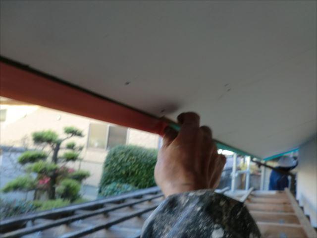 破風板内側の養生
