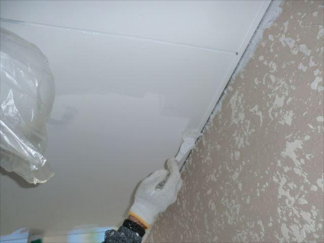 階段室天井塗装、セラマイルド