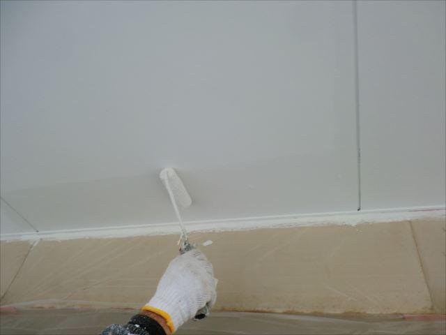 軒天塗装1回目、セラマイルド