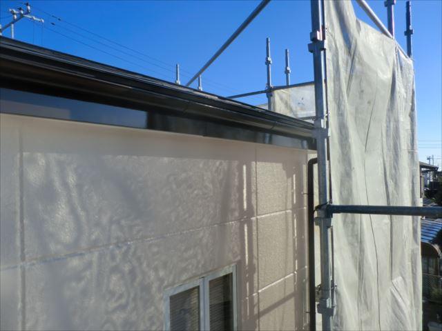 破風板、雨樋塗装後、コスモマイルドシリコン2