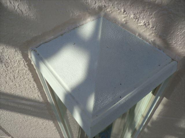 出窓上部塗装、コスモマイルドシリコン2
