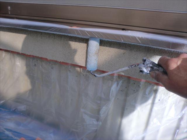 外壁シーラー下塗り、ミラクシーラーエコクリヤー