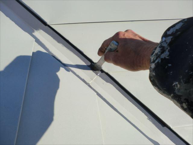 屋根の谷塗装、ヤネフレッシュSI