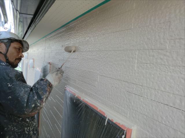 外壁着色2回目仕上げ塗装、ダイヤスーパーセランマイルド