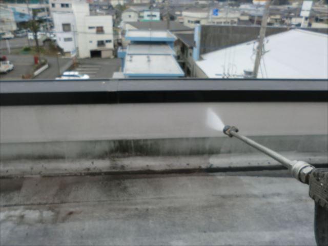屋上パラペットシート防水、高圧洗浄
