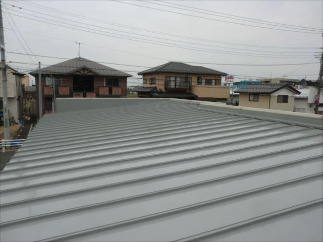 瓦棒屋根塗装完了、ルーフスターSI