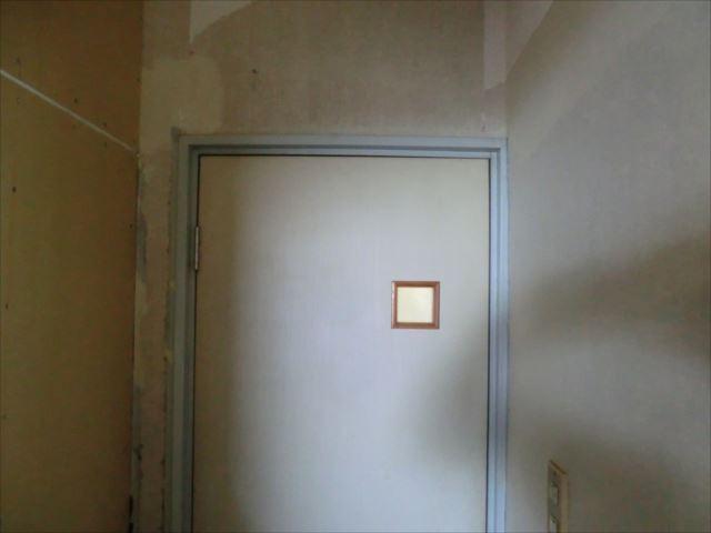 木枠塗装前
