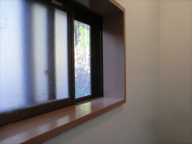 木枠塗装、コスモマイルドシリコン2