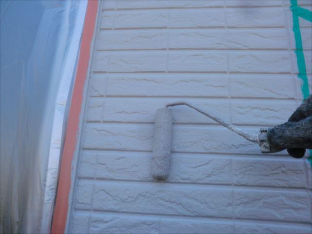 外壁着色2回目仕上げ塗装、水性Мコートシリコン
