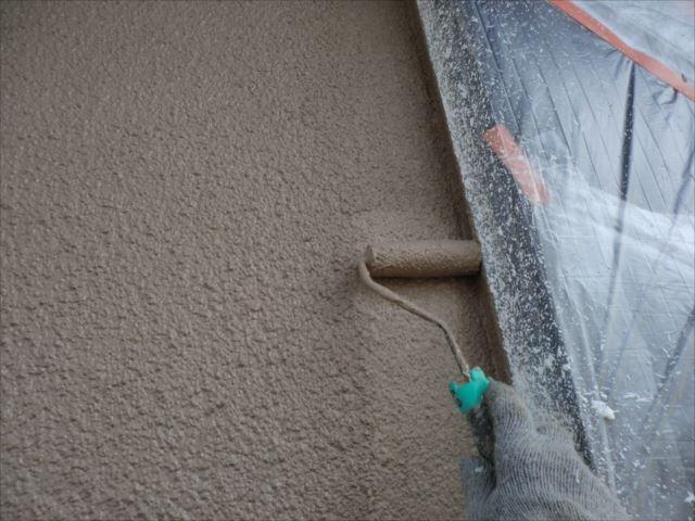 外壁着色2回目仕上げ塗装、セラミシリコン