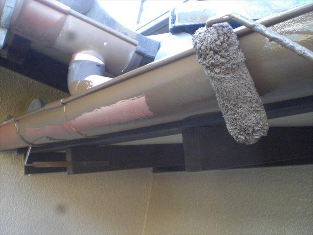 クリーンマイルドシリコン雨樋塗装