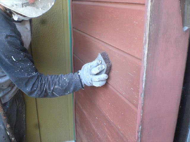 木製戸袋塗装前ケレン
