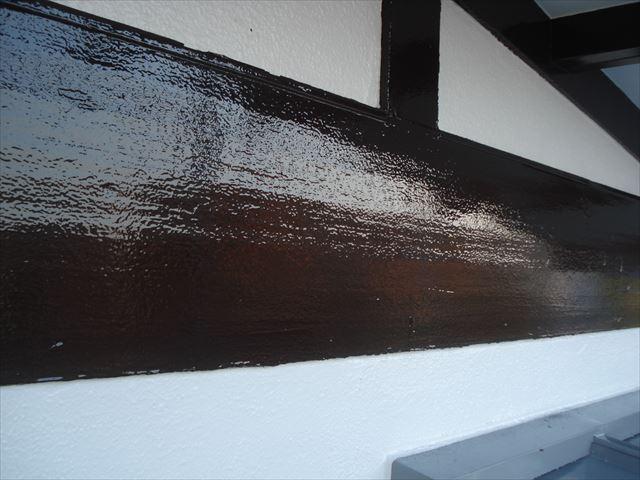 S邸幕板上塗り後