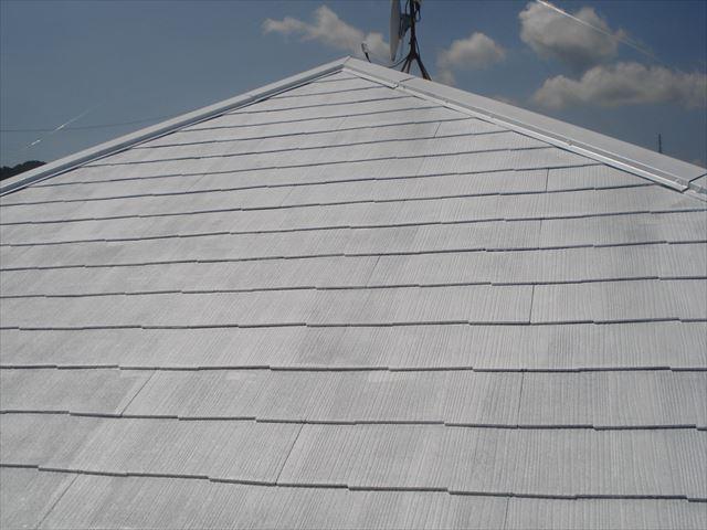 F邸屋根下塗り完了
