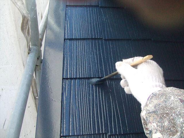 屋根刷毛塗り