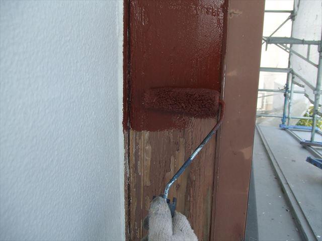 木柱下塗り