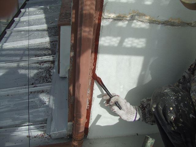 木柱刷毛塗り
