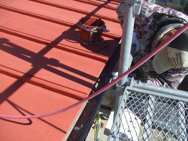 鉄板屋根小口錆止め塗装