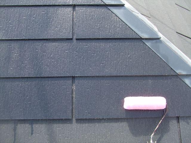 屋根の下塗りシーラー