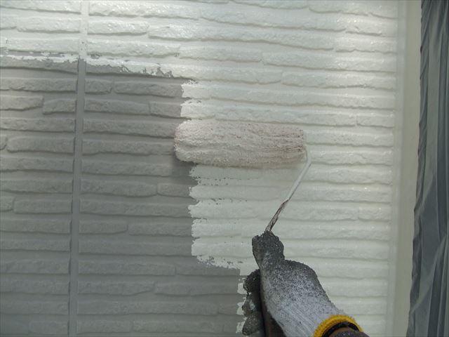 1階の外壁中塗り