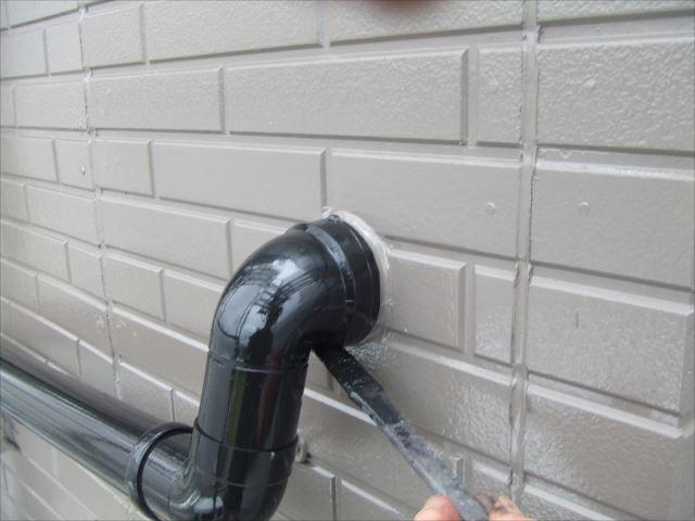 竪樋塗装ファインSIブラック