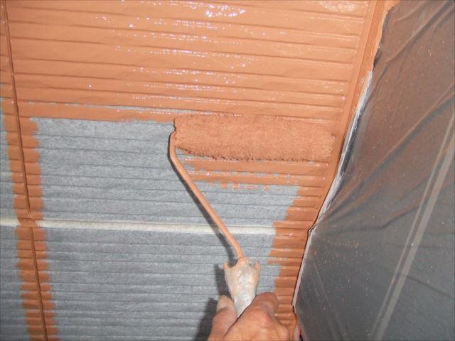 外壁上塗り1回目、プレミアムシリコン