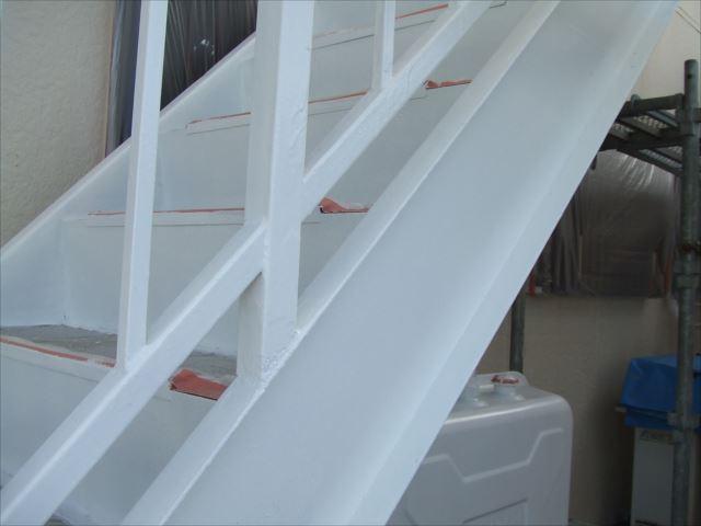鉄骨階段錆止め塗装後マイルドボーセイ