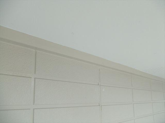 軒見切り塗装後、クリーンマイルドシリコン