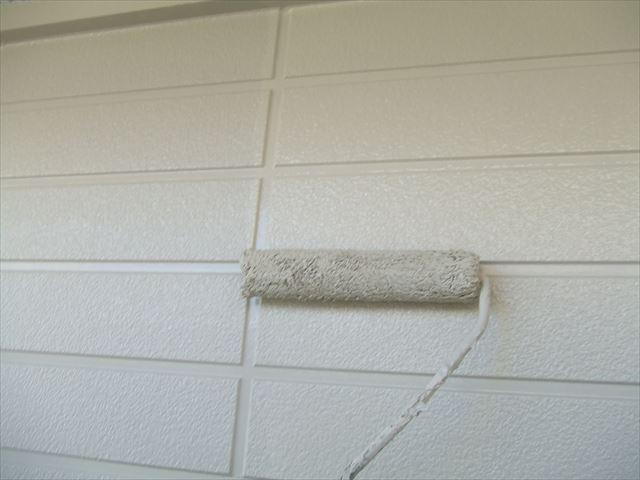サイディング外壁2回目仕上げ塗装、クリーンマイルドシリコン