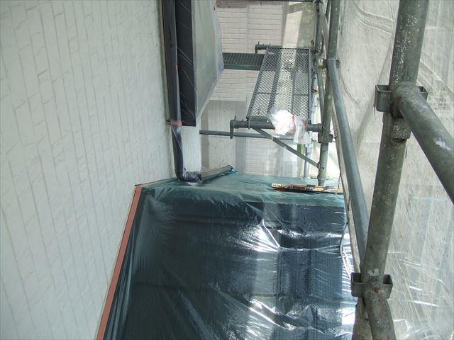 下屋根(1階屋根)ノンスリップ、ビニール養生
