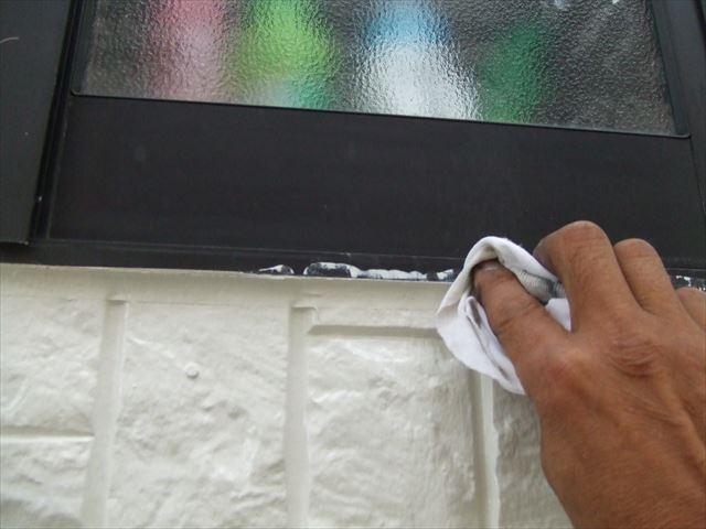 サッシ枠掃除、塗料シンナー