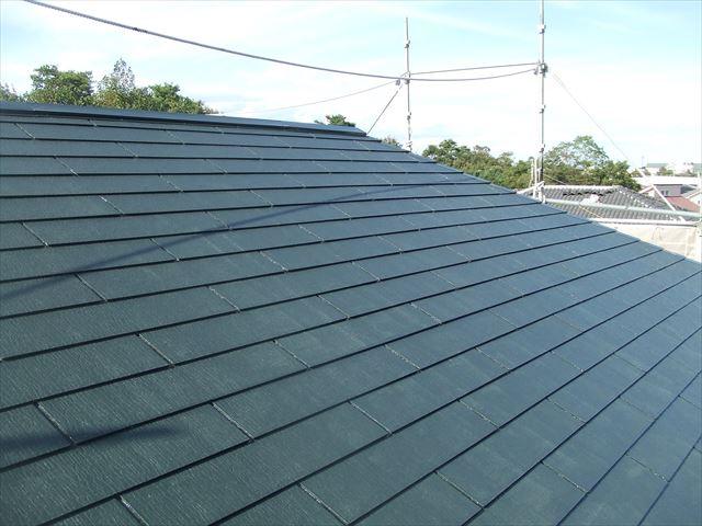 屋根1回目塗装後、デラフロンルーフ