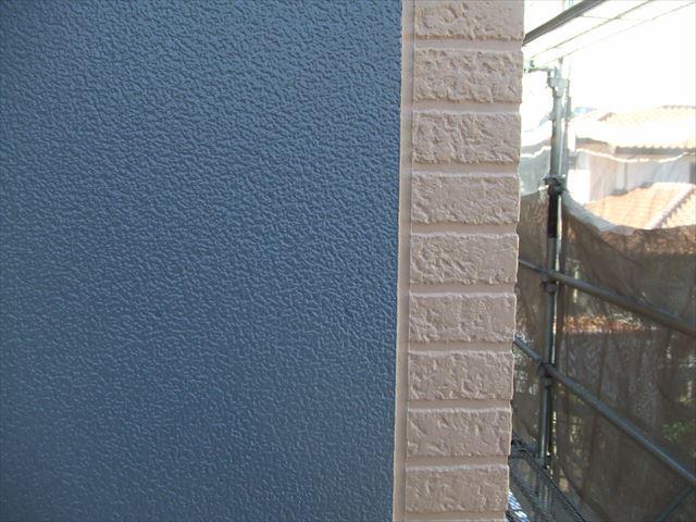 塗り分け部分塗装後、デラフロンW