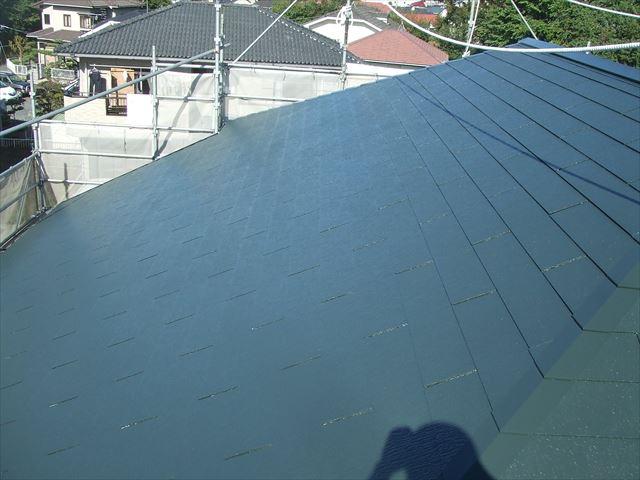 屋根塗装後、デラフロンルーフ
