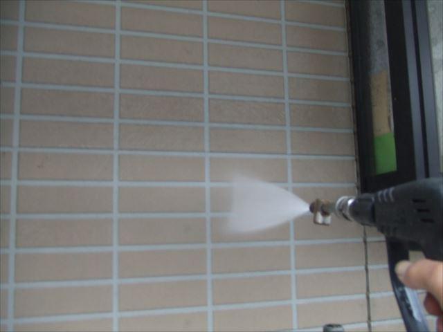 外壁、高圧洗浄作業