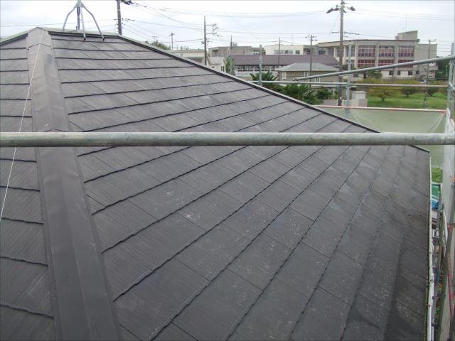 屋根、高圧洗浄後