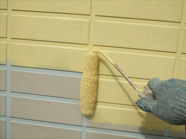 外壁ローラー塗り、SPRカラープライマー