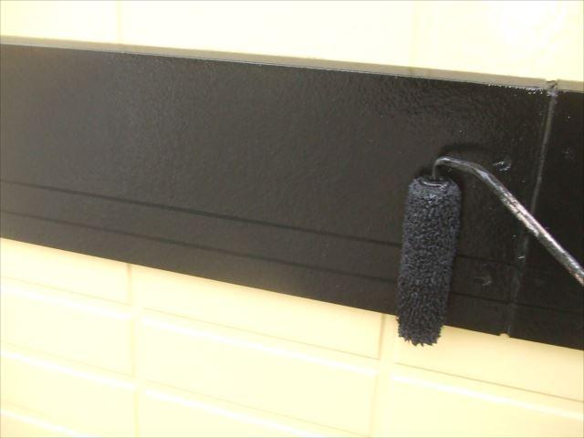 幕板2回目仕上げ塗装、コスモマイルドシリコン2