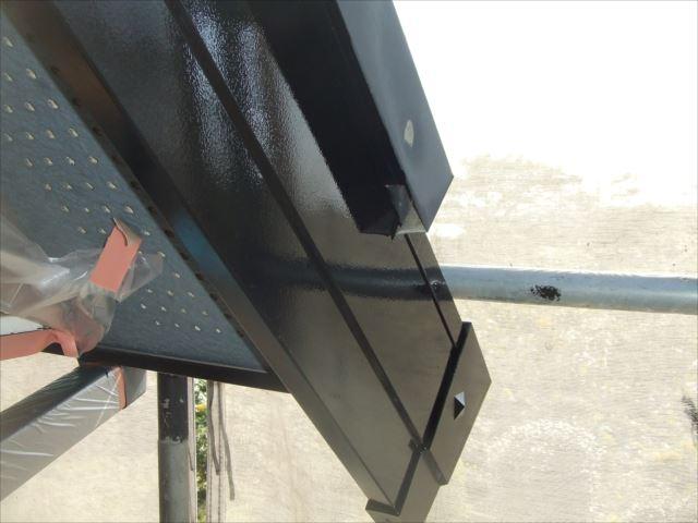 破風板塗装後、コスモマイルドシリコン2