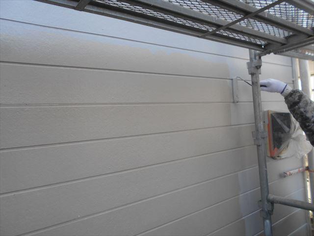 M邸外壁上塗り1回目